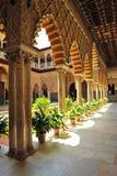 Patio de las Doncellas,城堡皇家在塞维利亚,西班牙 免版税库存图片