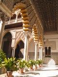 Patio de las Doncellas en Alcazar verdadero, de Sevilla Imágenes de archivo libres de regalías