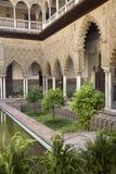 Patio de las Doncellas en el Alcazar verdadero, Sevilla Imágenes de archivo libres de regalías