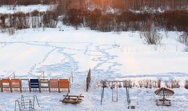 Patio de los niños en invierno Imagenes de archivo