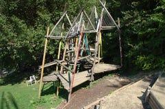 Patio de madera en parque Imagen de archivo
