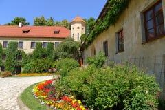 Patio del castillo de Pieskowa Skala Imágenes de archivo libres de regalías