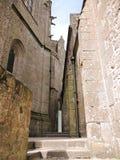 Patio del mont santo-Miguel de la abadía en Normandía Imágenes de archivo libres de regalías
