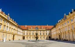 Patio del ` s del prelado de la abadía de Melk en Austria Fotos de archivo libres de regalías