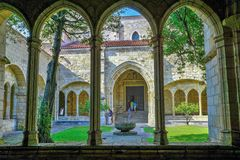 Patio di Santa Maria Cathedral, Santander, Spagna fotografia stock