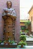 Patio en la basílica de St Mary de los ángeles y del centro comercial Fotografía de archivo libre de regalías