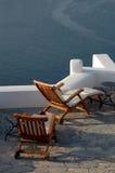 Patio incroyable de santorini avec la vue photo libre de droits