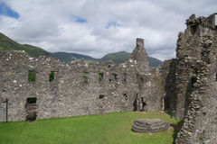Patio interno del castillo de Kilchurn, del temor del lago, de Argyll y del Bute, Escocia foto de archivo libre de regalías