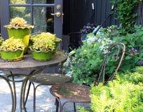 Patio ogrodowy meble Obrazy Royalty Free