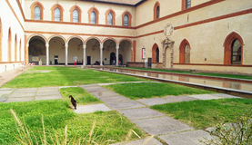 Patio ` s in Sforza-Schloss Stockbilder