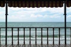 Patio sur la mer photos libres de droits