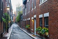 Patio trasero en la vecindad de Beacon Hill en Boston céntrica mA imágenes de archivo libres de regalías