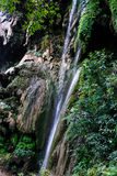 Patna vattenfall nära vid Rishikesh arkivfoto