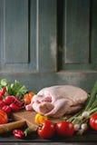Pato cru com vegetais Fotografia de Stock Royalty Free