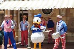 Pato de Donald en Disneylandya Fotos de archivo