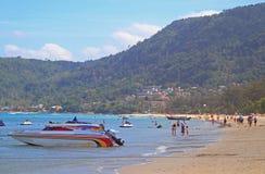 Patong strand på den Phuket ön Royaltyfria Bilder