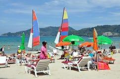 Patong, Tailândia: Praia de Patong Fotografia de Stock Royalty Free