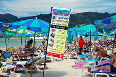 Patong, Tailândia: Praia de Patong Fotos de Stock Royalty Free