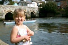 Patos que introducen de la muchacha Fotos de archivo libres de regalías