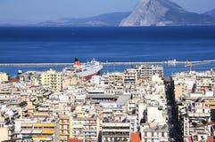 Patra, Ansicht der Stadt und des Hafens von oben stockbilder