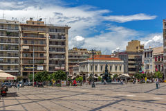 PATRAS, GRIEKENLAND 28 MEI, 2015: Panorama van Koning George I Vierkant in Patras, de Peloponnesus, Griekenland royalty-vrije stock foto