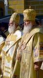 Patriarca Kirill e gli altri vescovi sulla liturgia a Kiev Immagini Stock