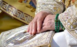 Patriarca Kirill e gli altri vescovi sulla liturgia a Kiev Fotografia Stock Libera da Diritti