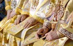 Patriarca Kirill e gli altri vescovi sulla liturgia a Kiev Immagini Stock Libere da Diritti