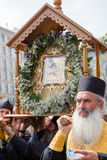 Patriarcado ucraniano de Moscou da igreja ortodoxa dos paroquianos durante a procissão religiosa Kiev, Ucrânia Imagens de Stock