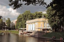 Patriarshiye池塘在莫斯科 库存图片
