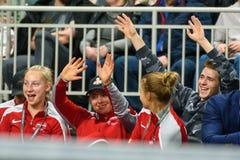 Patricija SPaka, Alona Ostapenko en Daniela Vismane, tijdens de Wereldgroep II van FEDCUP BNP Paribas Eerste Rond spel royalty-vrije stock foto