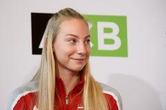 Patricija Spaka, team Letland Leden van Team Latvia voor FedCup, tijdens het ontmoeten van ventilators voor Wereldgroep II Eerste royalty-vrije stock afbeeldingen