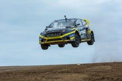 Patrik Sandell-Sammlungsfahrer springt Stockfotografie