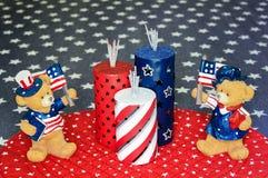 Patriotische Bären, die Unabhängigkeitstag feiern Stockbild