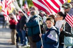 Patriotischer kleiner Junge Lizenzfreie Stockfotos