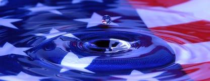 Patriotischer Wasser-Tropfen stockbild