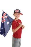 Patriotisches Kind, das eine australische Markierungsfahne anhält lizenzfreie stockfotos