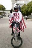Patriotisk cyklist Royaltyfria Bilder