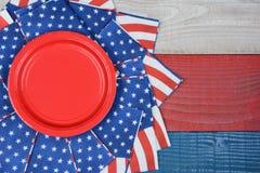 Patriotisk skärm för picknicktabell Arkivfoto