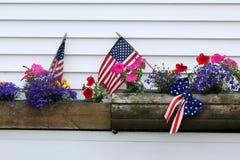 Patriotiska fönsteraskar Royaltyfria Bilder