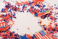 Patriotiska konfettier av 4th Juli Arkivbilder