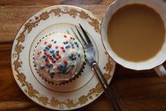 Patriotiska muffin för Juli 4th beröm Arkivbild