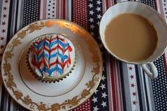 Patriotiska muffin för Juli 4th beröm Fotografering för Bildbyråer