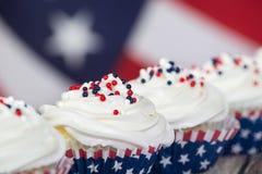 Patriotiskt 4th Juli eller Memorial Day muffin Arkivfoton