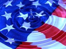 patriotiskt vatten för droppe Fotografering för Bildbyråer
