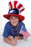 Patriottisch jong meisje met Jong Patriottisch Meisje in het Leggen van Positio Royalty-vrije Stock Afbeeldingen