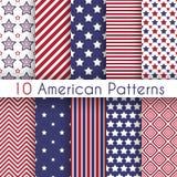 Patriottische rode, witte en blauwe geometrische naadloos Stock Afbeeldingen
