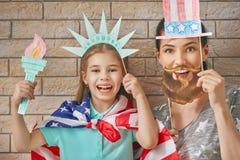 Patriotyczny wakacje szczęśliwa rodzina Obraz Royalty Free