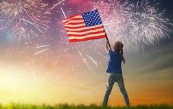 Patriotyczny wakacje szczęśliwy dzieciak obraz royalty free