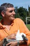 Patrizio Oliva med en kanin Arkivfoto